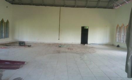Tahap pengecatan masjid pasang kayu 1